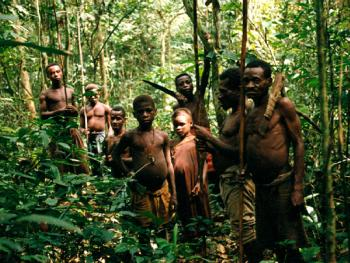 """中非原始森林中的""""俾格米""""部落1"""