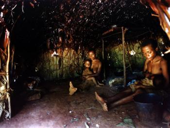 """中非原始森林中的""""俾格米""""部落3"""