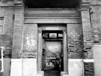 """大直沽中街43号院""""徐家公馆""""是一座较典型的北方风格的近百年旧居"""