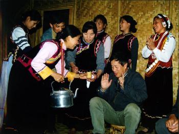 怒江傈僳族的杵酒05