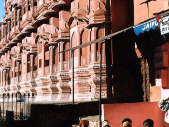 印度贫民谋生现状――2000年