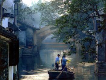 悠悠的水乡河道