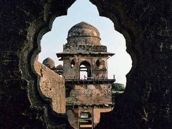 窗。伽哈伽宫殿的一扇窗,其设计非常美妙
