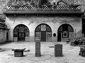 上院采用当地窑洞建筑中的最高规格,图为一侧的厢窑