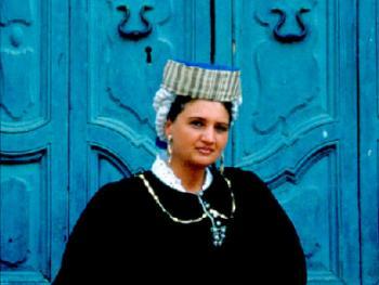 意大利斯加诺妇女服饰