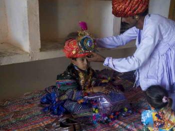Rabari部落的儿童婚礼10
