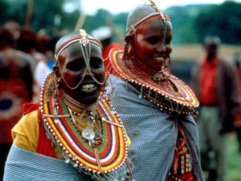 红赭石、白石粉——乌干达的马萨伊人04
