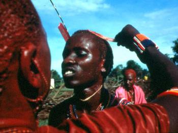 红赭石、白石粉——乌干达的马萨伊人07