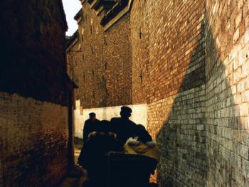 2.高深的民宅在大武成巷占居半边巷子