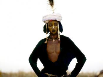 非洲部落的服饰图片