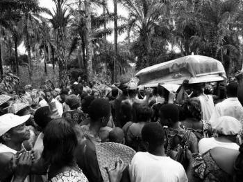 多哥葬礼07