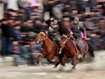维吾尔的民间体育运动10