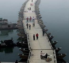 千年浮桥的维护