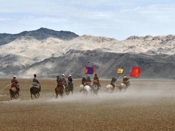 蒙古国的那达慕大会02