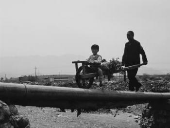 陕西蓝田秦岭脚下的独轮车06