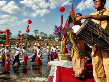 傣族泼水节8