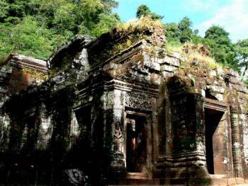 """老挝的建筑12占巴色的""""小吴哥""""普占庙"""