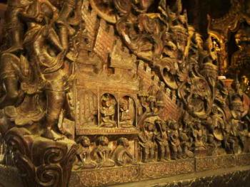 缅甸佛寺的木刻工艺02