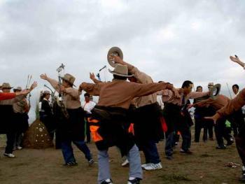 青海藏族民间传统射箭比赛09