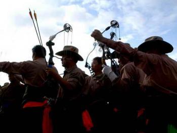 青海藏族民间传统射箭比赛02
