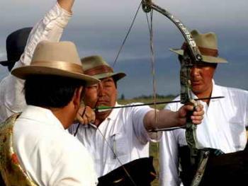 青海藏族民间传统射箭比赛04