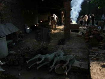 中国乡村青铜器制造
