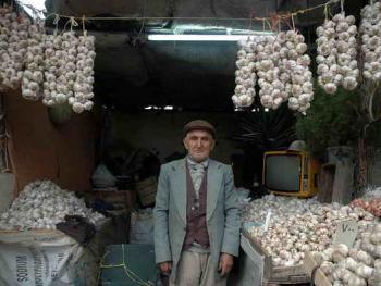 伊朗集市上的店主08