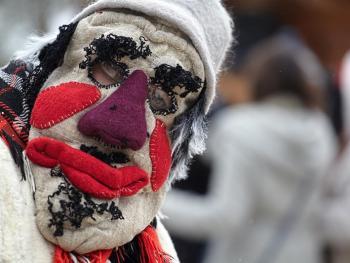立陶宛狂欢节上的面具03
