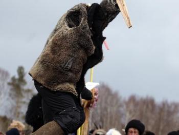 立陶宛狂欢节上的面具07