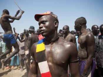 南苏丹传统摔跤09