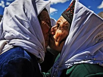 塔吉克人的亲吻礼仪07