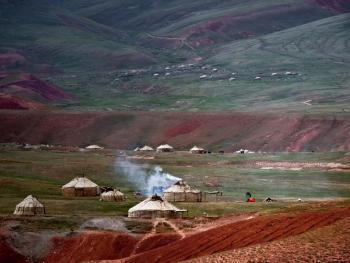 玉其塔什的柯尔克孜族游牧生活02
