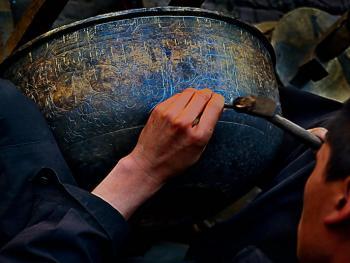 藏传佛教铜器用品的制作06