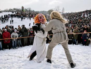 小镇送冬节11