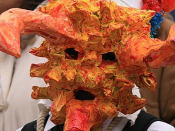 西班牙瓜达拉哈拉省的节日服饰04