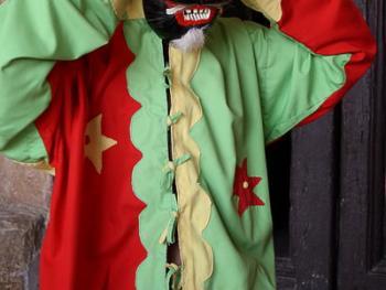 西班牙瓜达拉哈拉省的节日服饰05