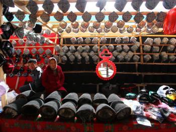维吾尔族的花帽