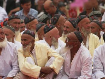 维吾尔族的花帽12