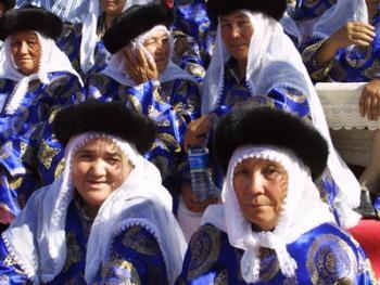 维吾尔族的花帽03
