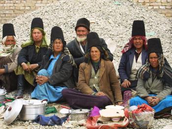 维吾尔族的花帽06