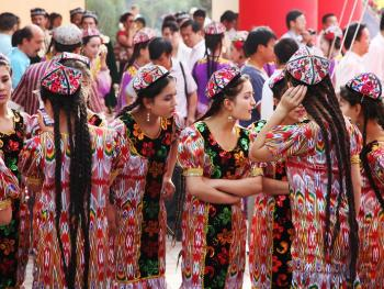 维吾尔族的花帽07