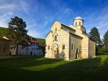 塞尔维亚教堂和修道院02