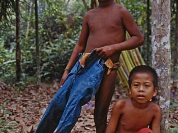印度尼西亚丛林里的孩子11