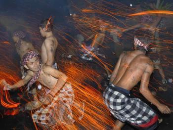 巴厘岛的驱邪日08