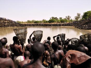 安多构——多贡人捕鱼仪式