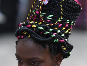 非洲裔妇女发型设计大赛14
