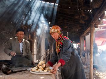 喀什老城中的维吾尔人10