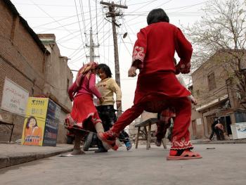喀什老城中的维吾尔人13