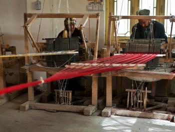 维吾尔族的艾德莱斯绸12