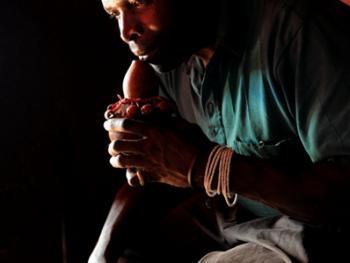坦桑尼亚的传统医生05